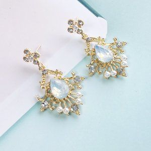 Statement Earrings, Exclusive jewelry.